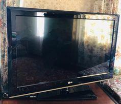 Телевизор LG 32CS460T