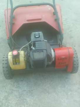 Lawn mower excellent condition