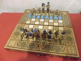 Шахматы египетские и нарды на доске с инхрустацией перламутром