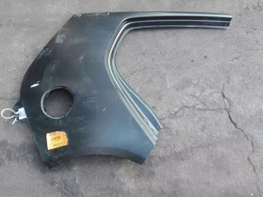 Vw Golf 5 Right REAR QUATER PANEL 0