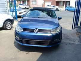 2015 Volkswagen polo TSI 1.2 with sunroof