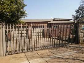 Spacious family home for sale in Vanderbijlpark