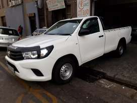 Toyota Hilux 2.0 R 180 000 Negotiable