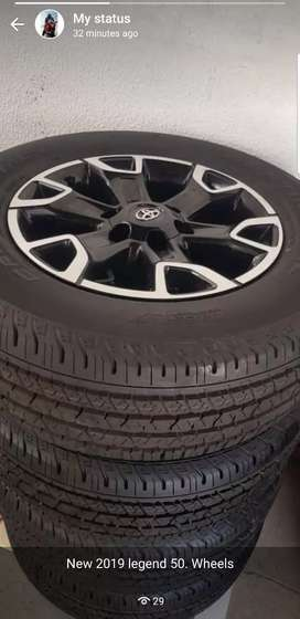 Toyota hilux legend 50 wheels