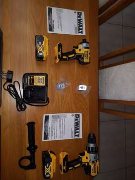 Dewalt combo 20V kit- drill, impact, charger, 2x 5ah batteries, case
