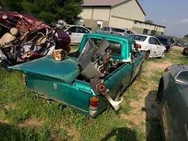 1400 Nissan 2003 Stripping for Parts