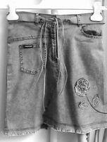 продам оригинальную юбку под джинсовку из тонкой стрейч-ткани р.40-42