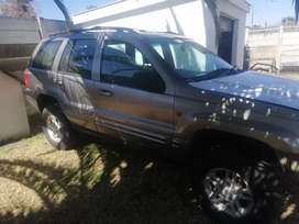 Jeep Grand cherokee 4.7 v8 stripping for spares