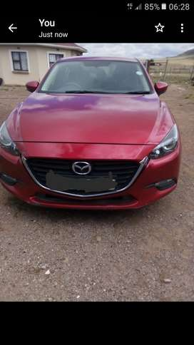 2017  1.5 Mazda 3 for sale!!! good condition, everthing is as new