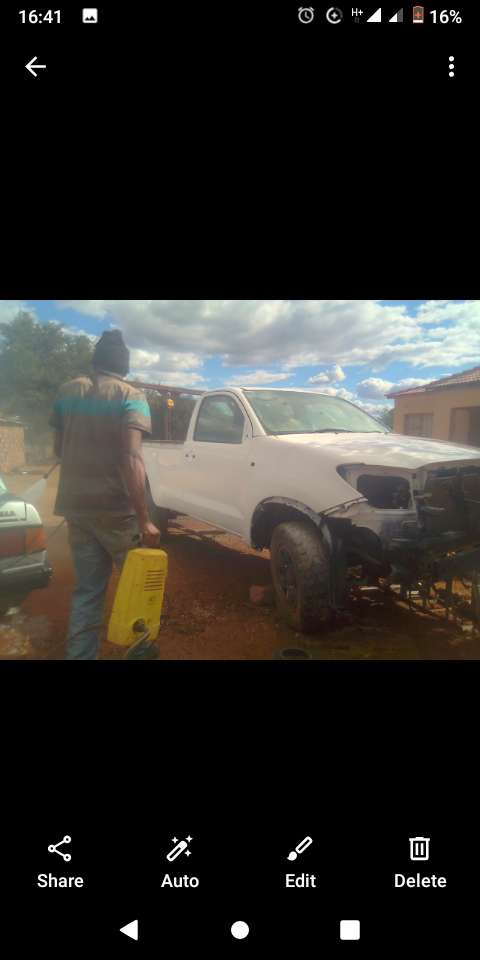 Toyota Hilux body 4X4 for sale