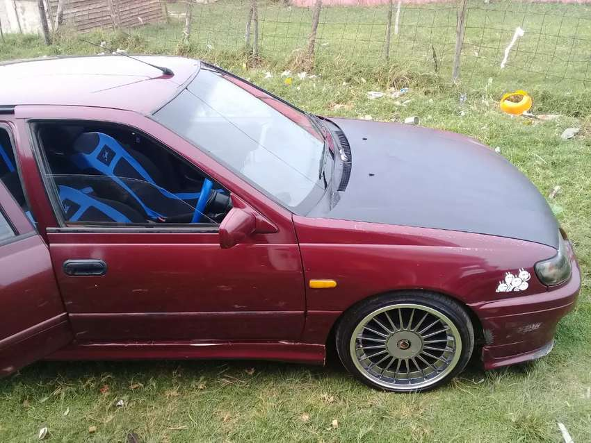 I'm selling my nissan Sentra as is R32 000 0