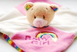 Красивая погремушка-платочек,слюнявчик мишка