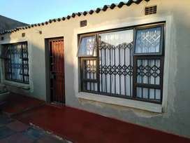 5 room house to rent