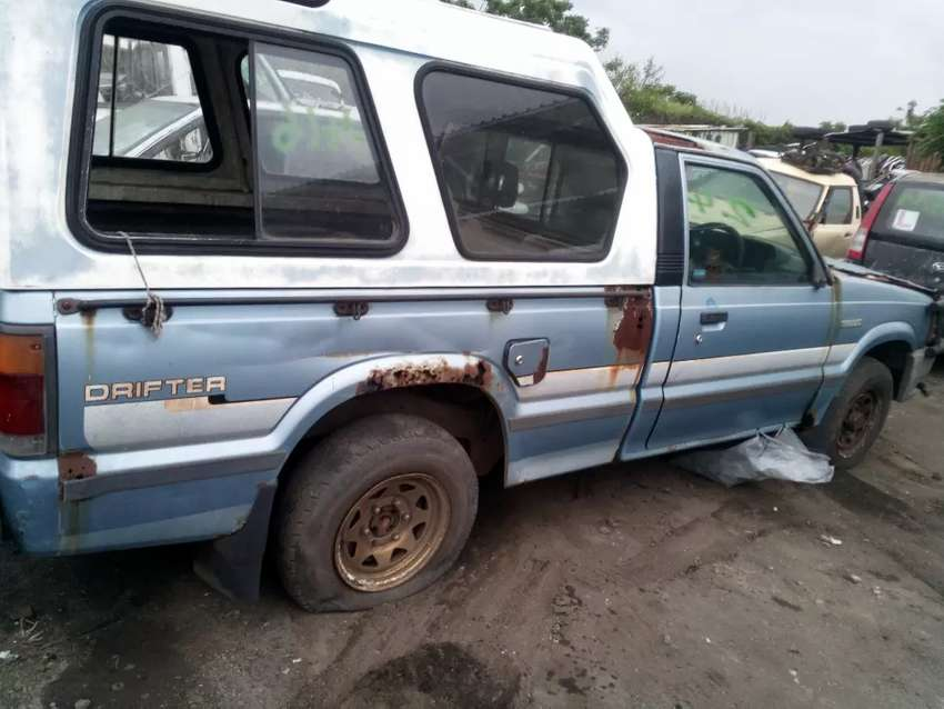 ford courier spares 0