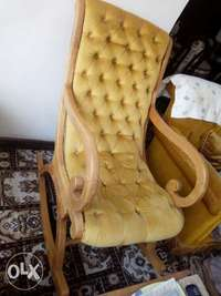 Grab 4sigles+3seater+swing chair for only 50k 0