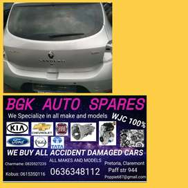 Renault sandrero Stepway spares available call us