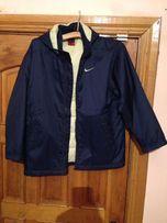 Весенняя оригинальная куртка nike