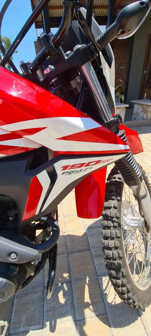 Honda CRF190, almost brand new, excellent condition 0