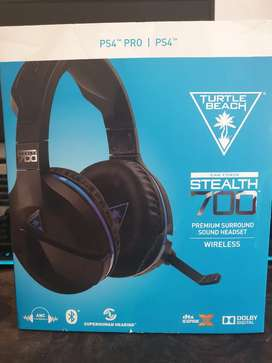 Turtle Beach ear force stealth 700 wireless gaming headset ps4