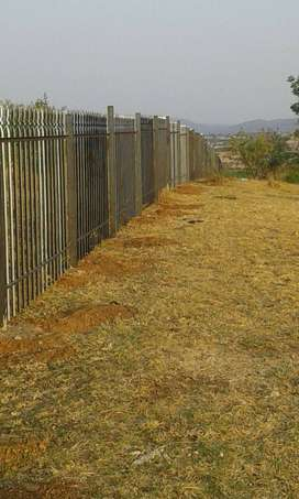 PALISADE FENCING AND ALL WELDING WORKS AND REPAIRS KEMPTON PARK.