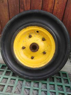 Good condition used tyre for sale