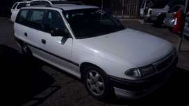 1998 Opel Astra Estate 200ie for sale!