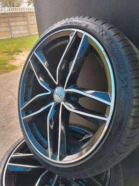 19Inch Audi S3 Replicas Mags & Tyres