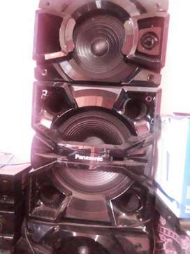 """HiFI SPEAKERS 12INCH + 8"""" FOR SALE"""