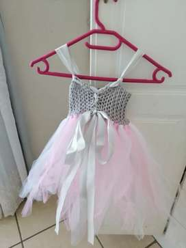 Baby/toddler knit and stiffening dress handmade,canbe usedfor dressup