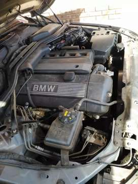 I am selling my Bmw 5 series  525i