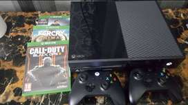 xbox one 500gb with 2 controllers and 3 games