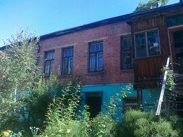 Продаж квартири 90 кв.м.,2/2,гараж з землею у центрі міста