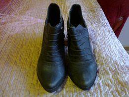 Продаются ботинки, 36 размер