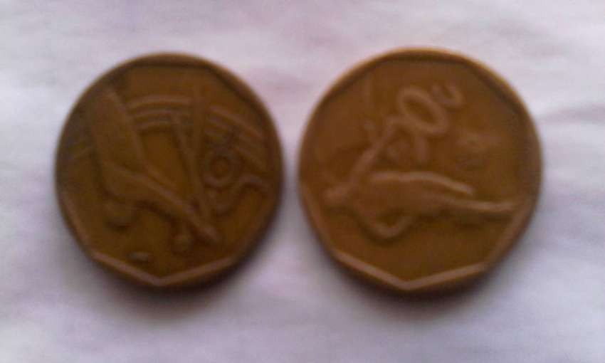 Soccer and Cricket coins 0