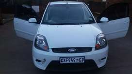 Am selling my ford fiesta ST still in good condition very nice n work