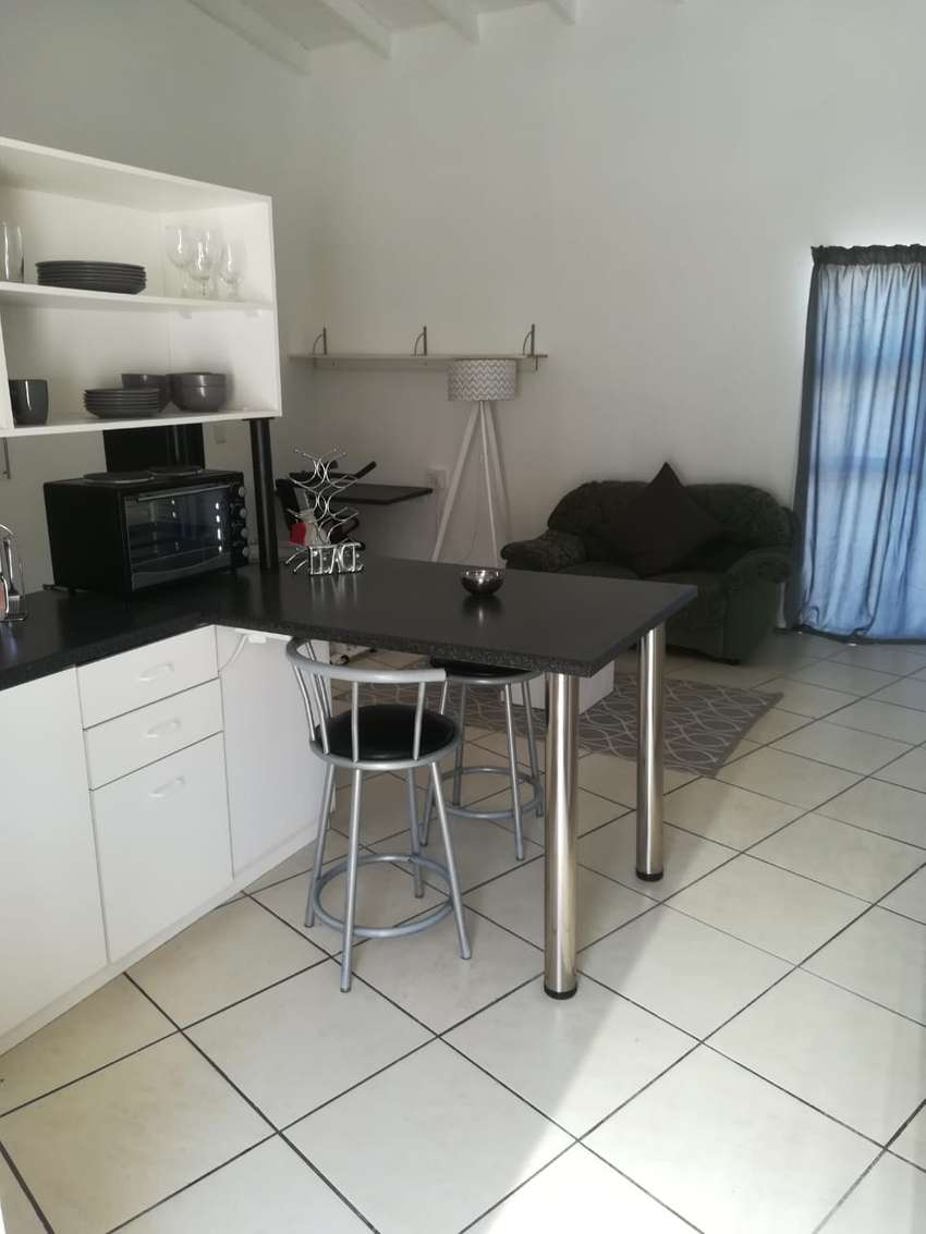 Grannyflat for rent in Summerstrand 0