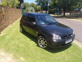 Opel corsa light 1.4i in good condition to swap