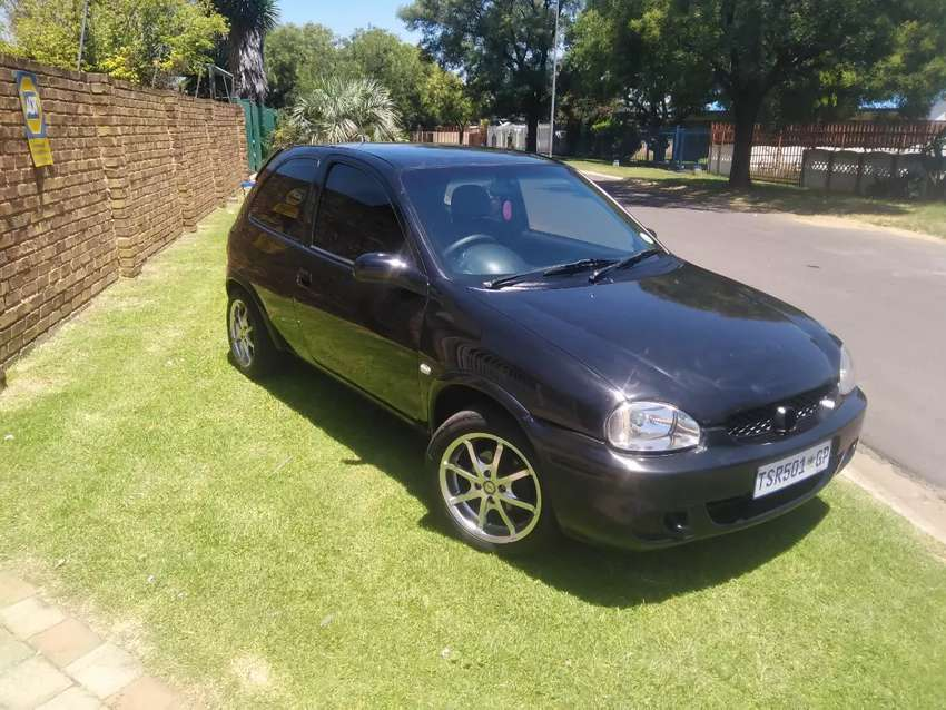 Opel corsa light 1.4i in good condition to swap 0