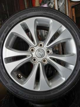 17inch Genuine Kia Mag Rim Without Tyre×1
