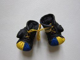 сувенирные боксерские перчатки! Новые! Цвета флага Украины