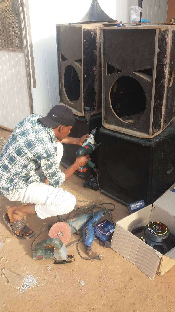 Speakers building, repairing and meantance 0