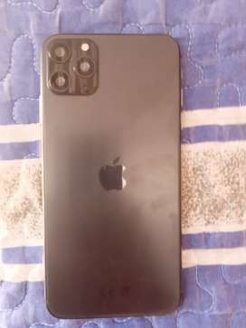 Selling I phone 11 pro max genetic