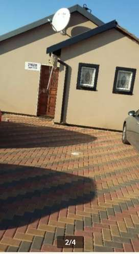 house to rent in protea glen ext 26