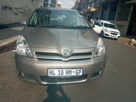 Toyota Corolla  Verso  at low  price