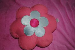 Декоративные подушки Некст для девочки цветок
