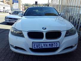 Pre-Owned 2011 BMW 3 Series ( e90) 320d Engine