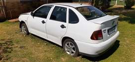 1995 polo classic 1.6i for sale.acsedent damaged