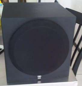 YAMAHA ACTIVE SUBWOOFER / IMMACULATE / VERY VERY POWERFUL
