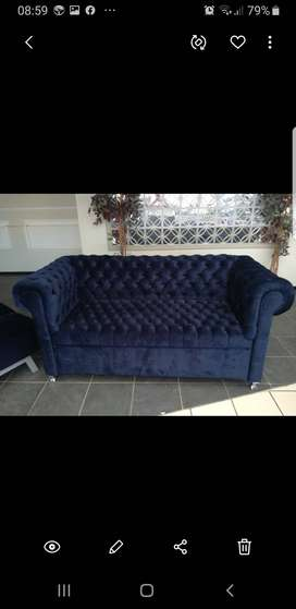2 seater couch and 2 x single bed slerper