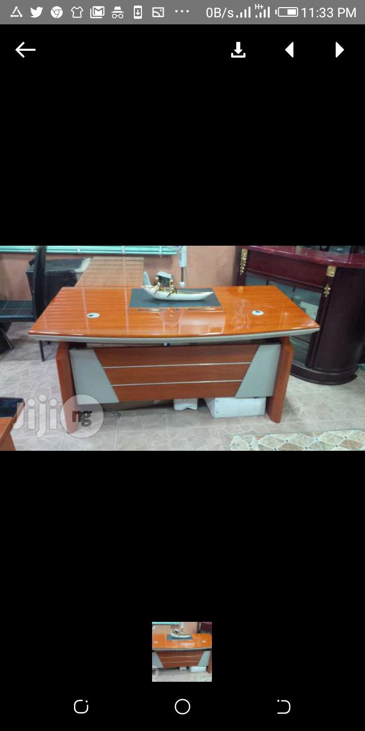 Mahogany Office Executive Table with Extension & Scratch free 0